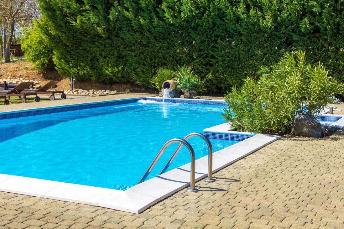Prijs zwembad materialen en hun kostprijs for Zwembad rechthoekig met pomp