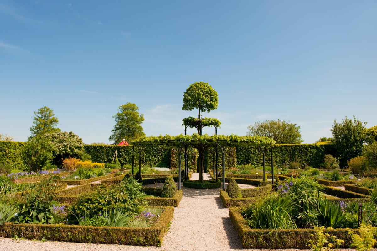 Landelijke tuinen fotospecial: 10 fotos vol ideeën voor de