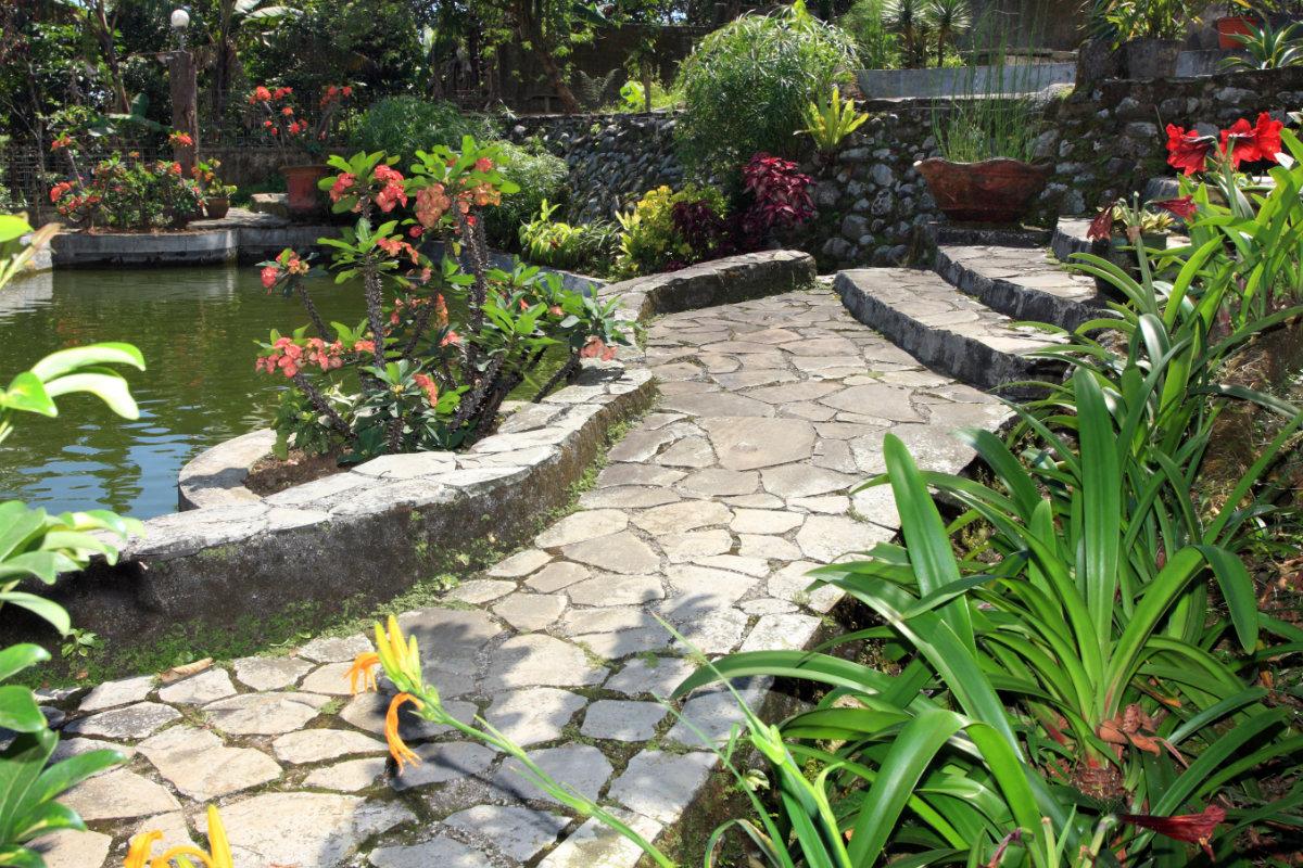 landelijke tuinen fotospecial 10 foto 39 s vol idee n voor de landelijke tuin. Black Bedroom Furniture Sets. Home Design Ideas