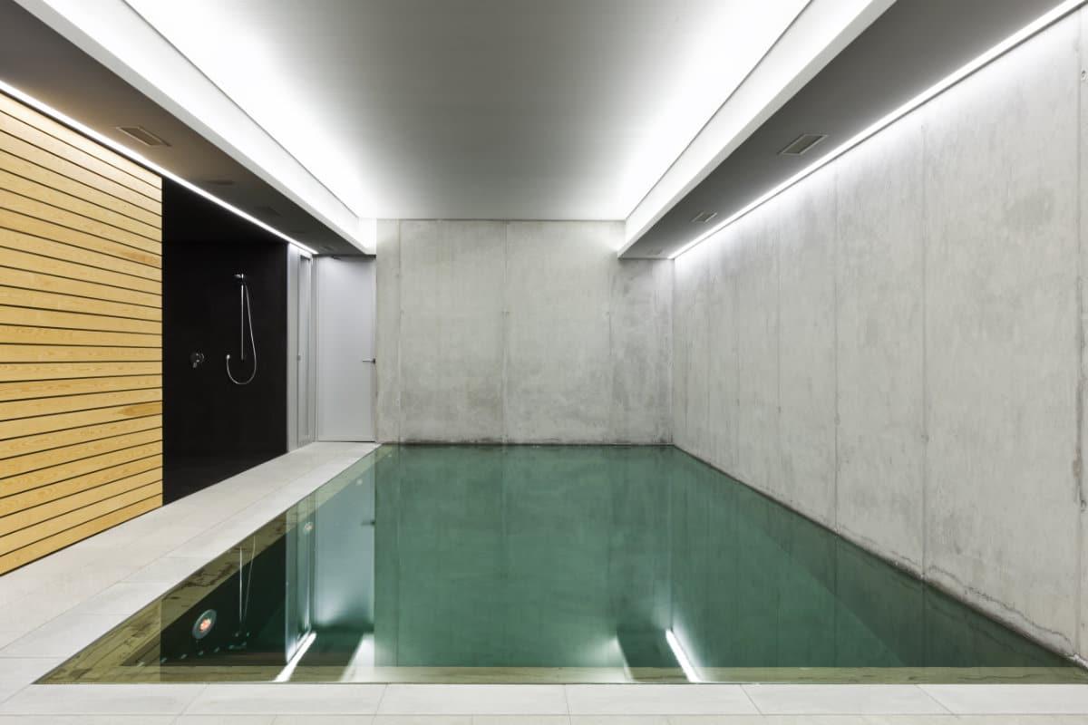 luxueus binnenzwembad